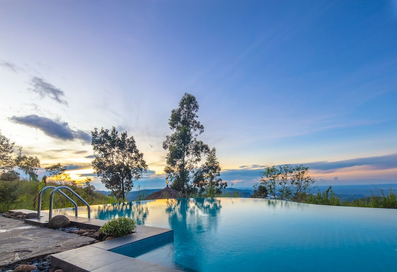 Dream Cliff Mountain Resort, Hildummulla, Pool
