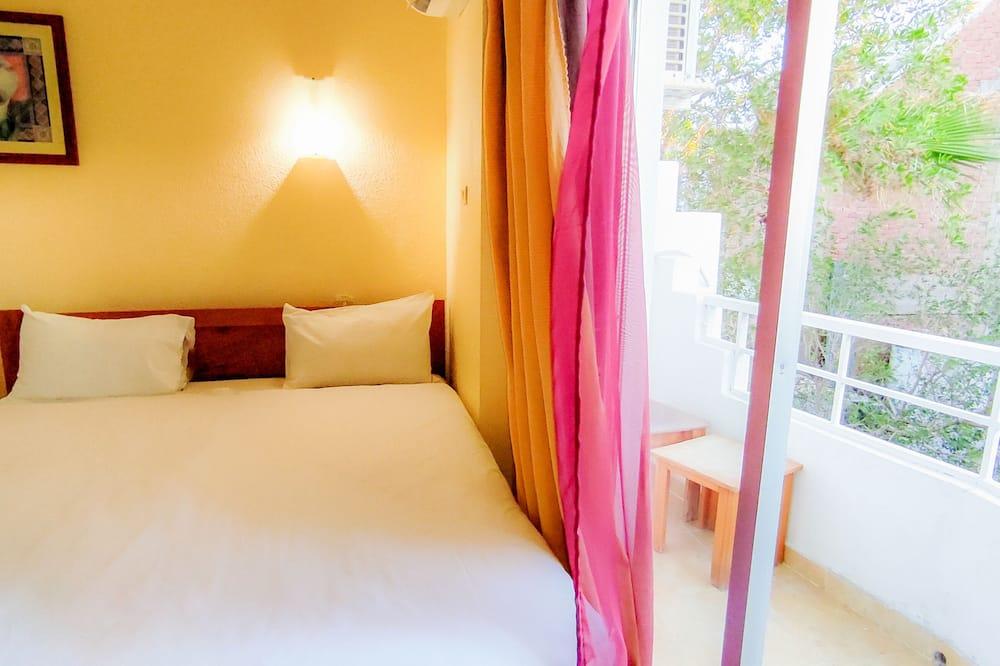 Trojlôžková izba typu Basic, 1 spálňa - Balkón
