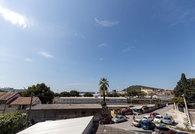 Apinelo Port Rooms, Split, Deluxe-Doppel- oder -Zweibettzimmer, Balkon, Terrasse/Patio