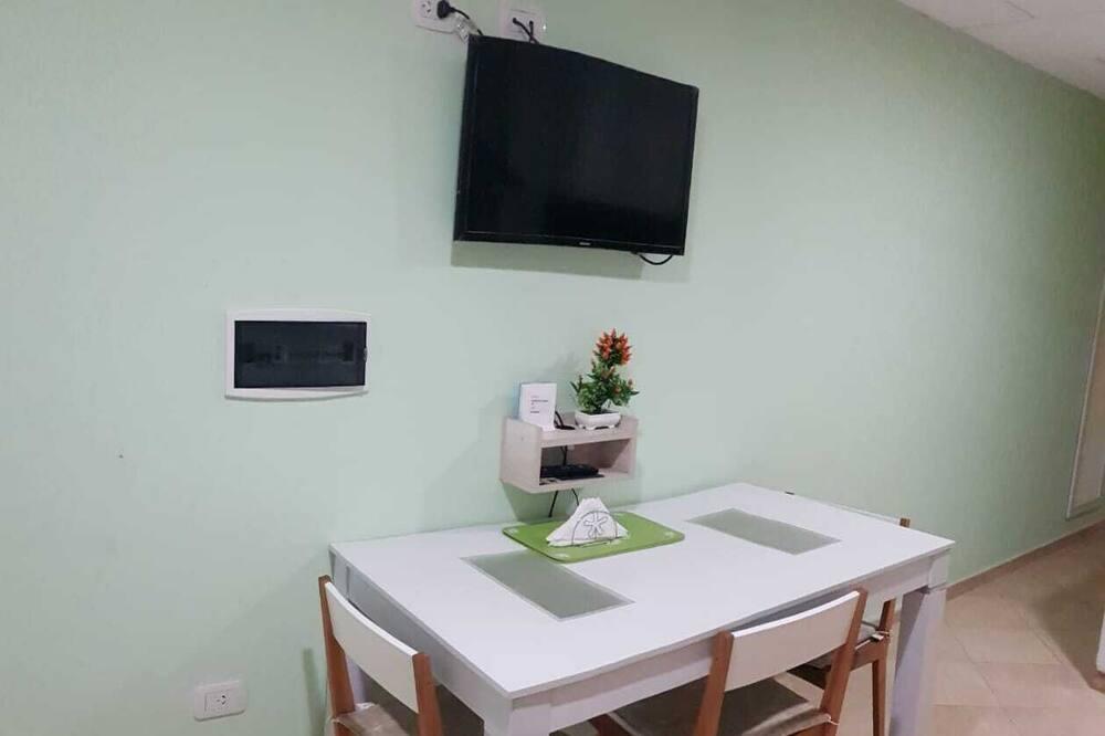 Apartament standardowy - Wyżywienie w pokoju