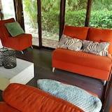 Bungalow - Living Area