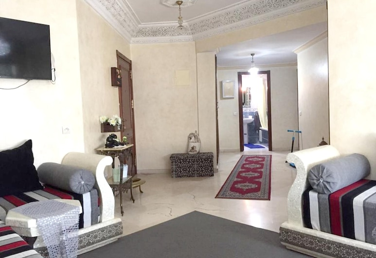 Apartment With 2 Bedrooms in Mohammédia, With Wifi - 1 km From the Beach, Mohammedia, Dnevna soba