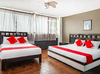 Picture of OYO Hotel Halley in Leon