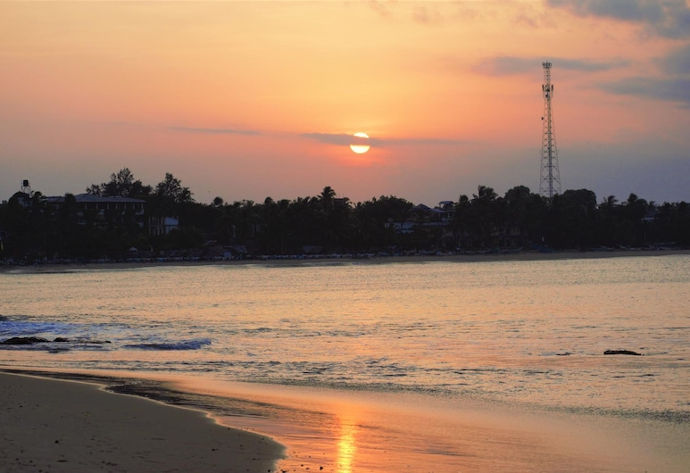 Hangover Hostels Arugam Bay, Arugam Bay, Beach