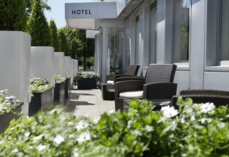 Arthotel ANA Prestige, Hannover, Hotel Entrance