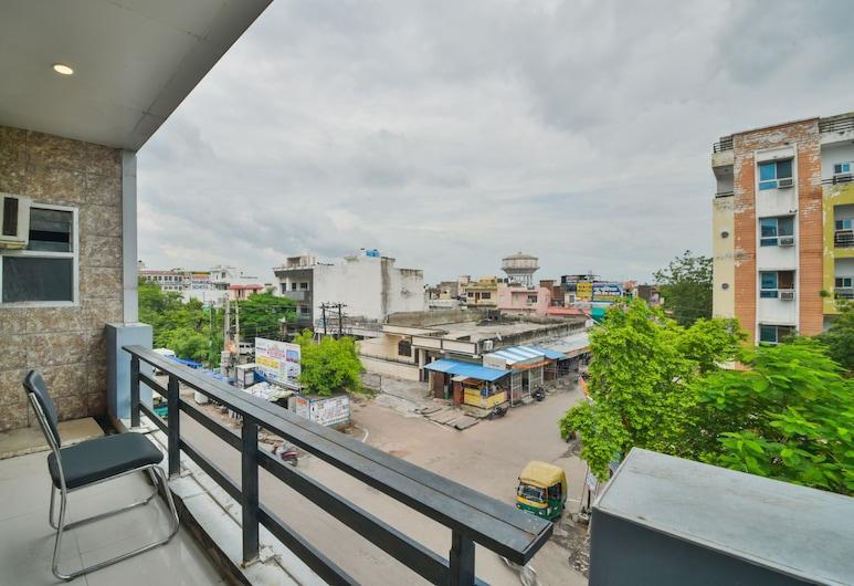OYO 45055 Hotel King's Palace, Kota, Double or Twin Room, Balcony