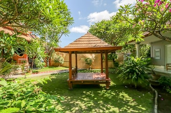 Picture of OYO 1741 Komala Indah Cottages in Kuta