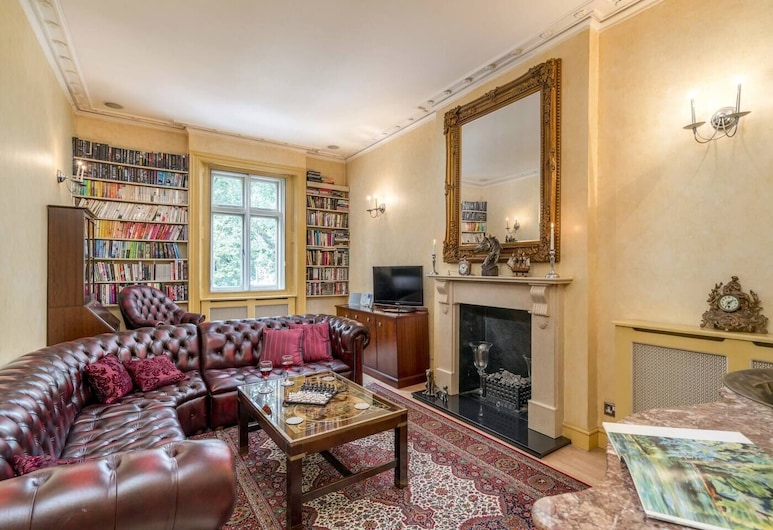 Elegant 2 BR Apartment in Paddington, London, Apartment (2 Bedrooms), Wohnzimmer