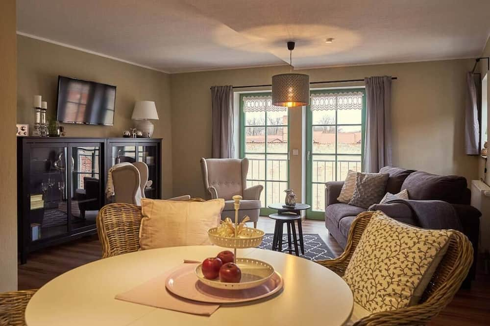 Apartment, 2 Bedrooms (Charlotte, incl. Cleaning Fee 55 EUR) - Living Area