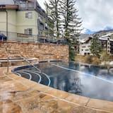 منزل - حمام سباحة