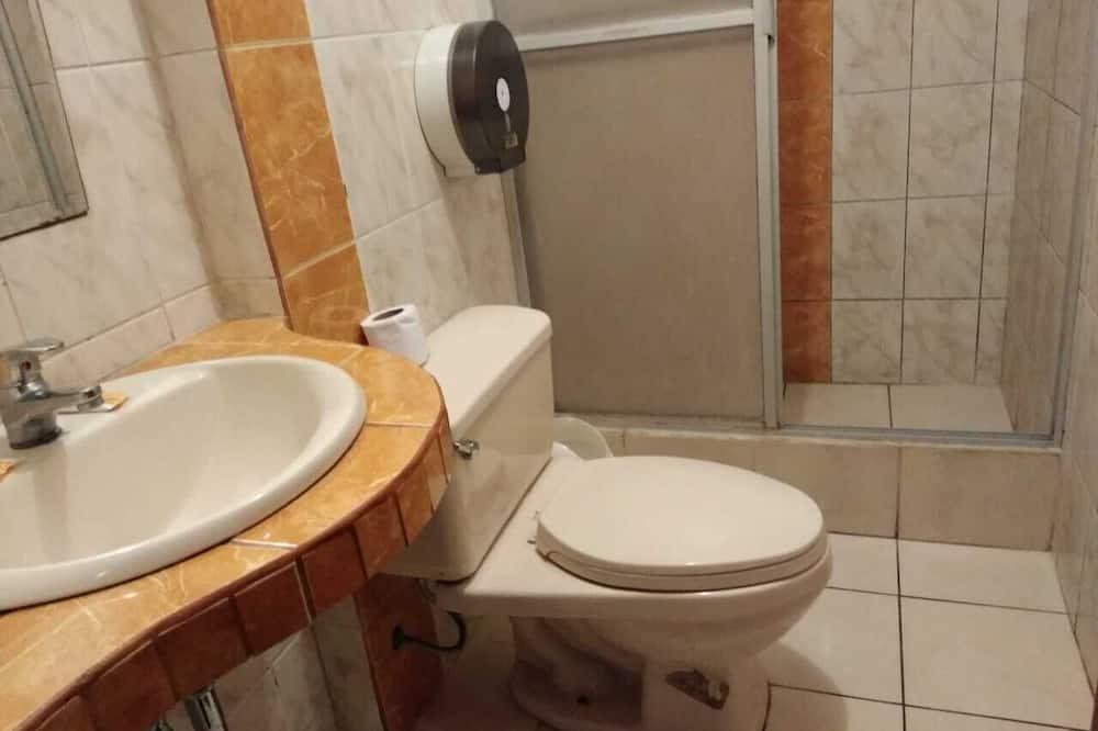 Сімейний номер, 2 ліжка «квін-сайз» - Ванна кімната