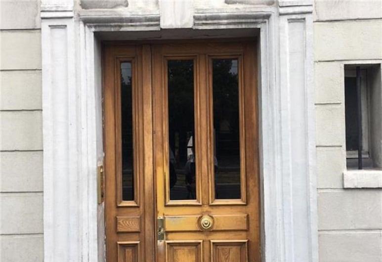 Paris Bessières Porte de Clichy , Paris, Property entrance