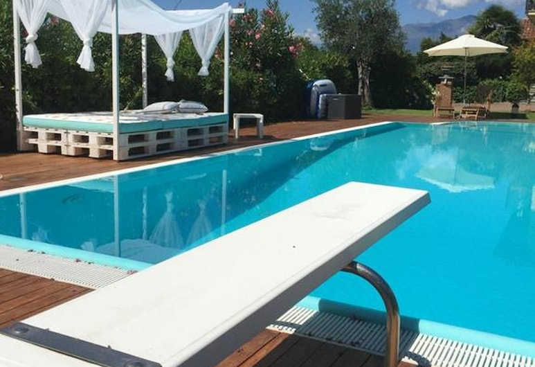Apartment With 2 Bedrooms in Valdengo, With Shared Pool, Enclosed Garden and Wifi, Valdengas, Baseinas