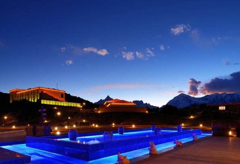 High Mountain Resort - Deqin, Te-čchin, Exteriér