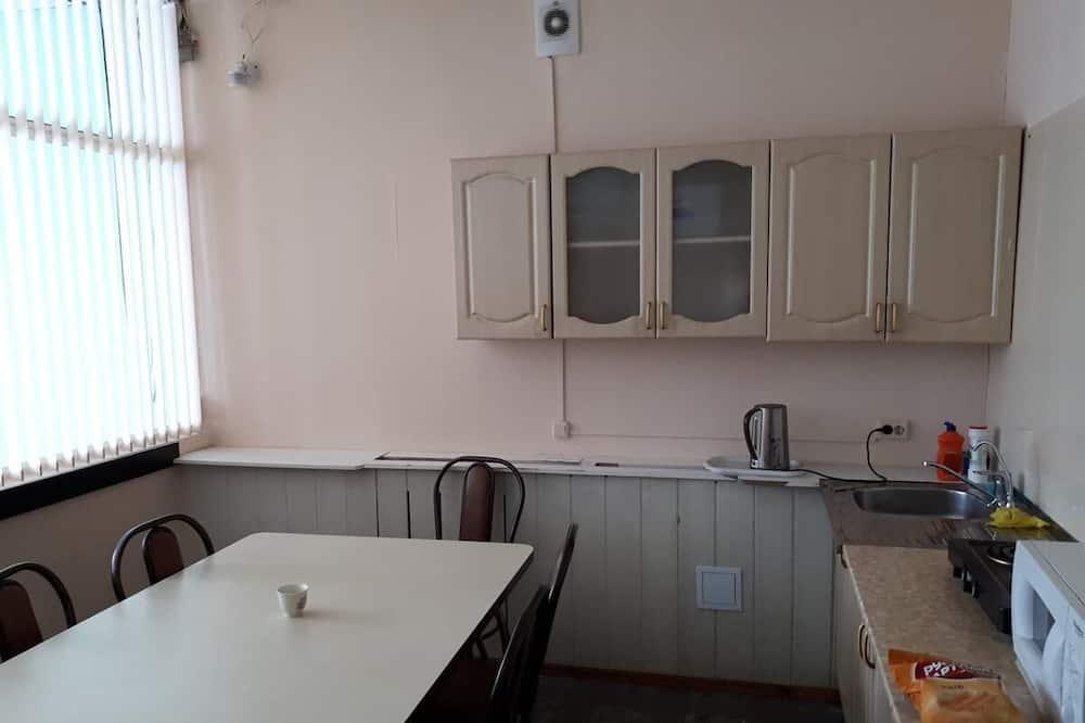 共用宿舍 (Bed in 2-beds shared dormitory) - 共用廚房