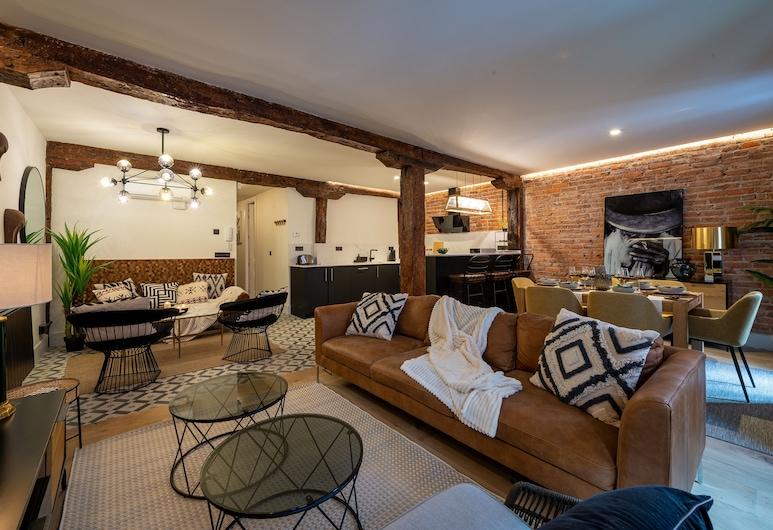 Espacioso apartamento reformado by SH, Bilbao