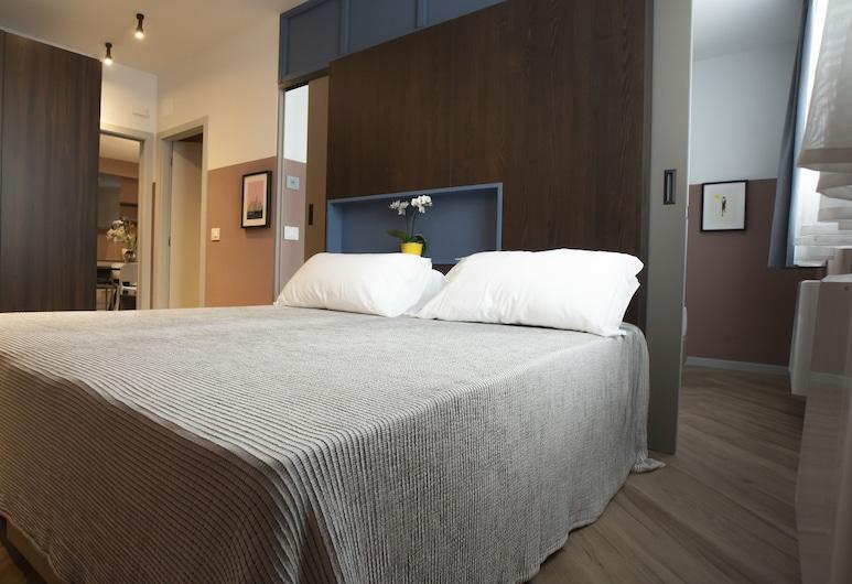 Residenza Alto Garda, Riva del Garda, Apartment, 2Schlafzimmer, Bergblick (West), Zimmer