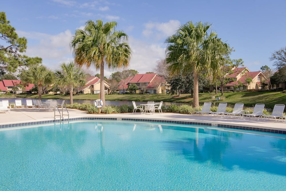 Nhà liên kế, Nhiều giường (Beachwalk Villa 5193) - Hồ bơi