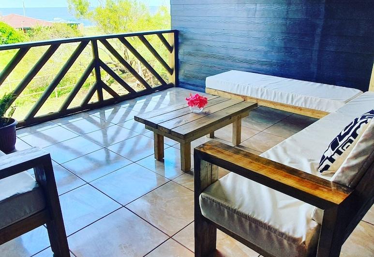 Cabañas Tupuna Lodge, Hanga Roa, เคบินสำหรับครอบครัว, ลานระเบียง/นอกชาน