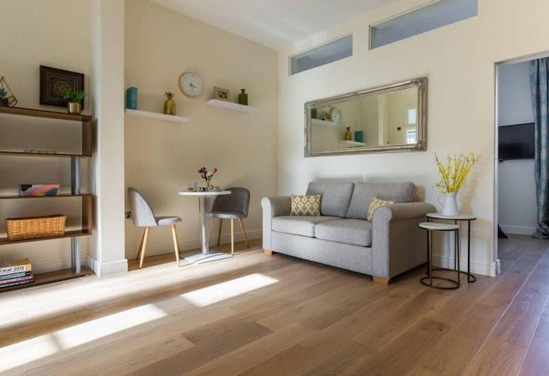 Light and Bright Paddington Flat - Sleeps 4x, London, Loft, 1 Schlafzimmer, Wohnzimmer