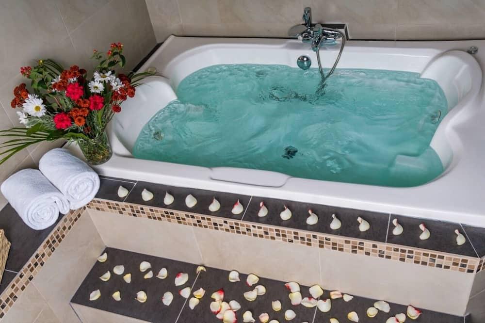 Honeymoon Suite, Garden Area - Tab spa persendirian
