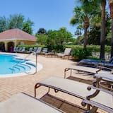 Condo, Multiple Beds (Turnberry 8512 G) - Pool