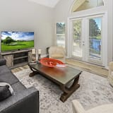 Condo, Multiple Beds (Turnberry 8512 G) - Living Room