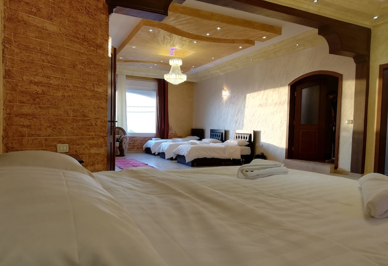 Jabal Bed & Breakfast, Wadi Musa, Family Room, Mountain View, Guest Room