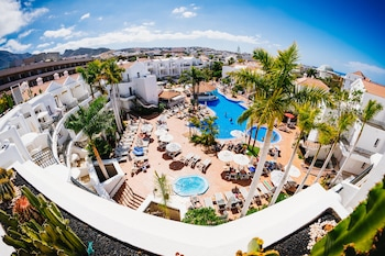 Picture of Hotel Apartamentos Parque del Sol in Adeje