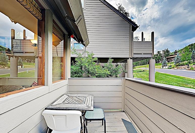 New Listing! Alpine Gem W/ Hot Tub, Near Lift 3 Bedroom Condo, Park City, Apartment, 3Schlafzimmer, Balkon