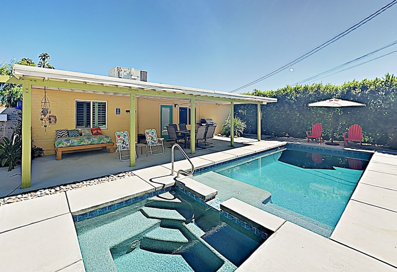 New Listing! Movie Colony Oasis W/ Pool & Spa 3 Bedroom Home, Palm Springs