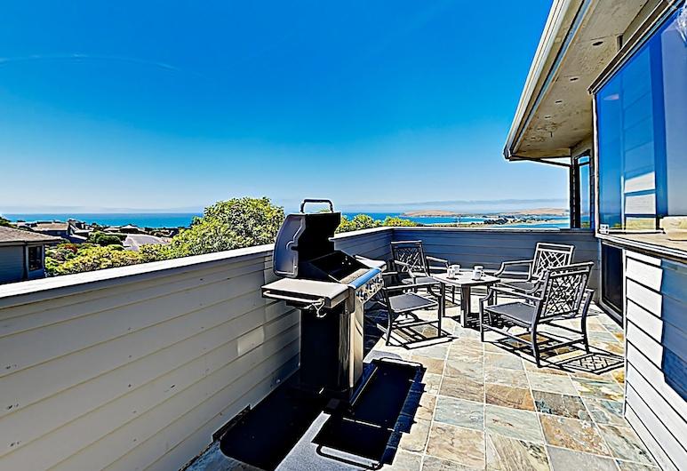 New Listing! Modern Beach Dream W/ Ocean Views 3 Bedroom Home, Bodega Bay, House, 3 Bedrooms, Balcony