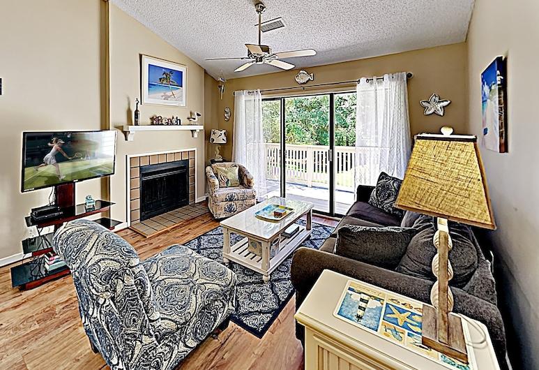 New Listing! Kingston Plantation W/ 5 Pools! 3 Bedroom Condo, Myrtle Beach