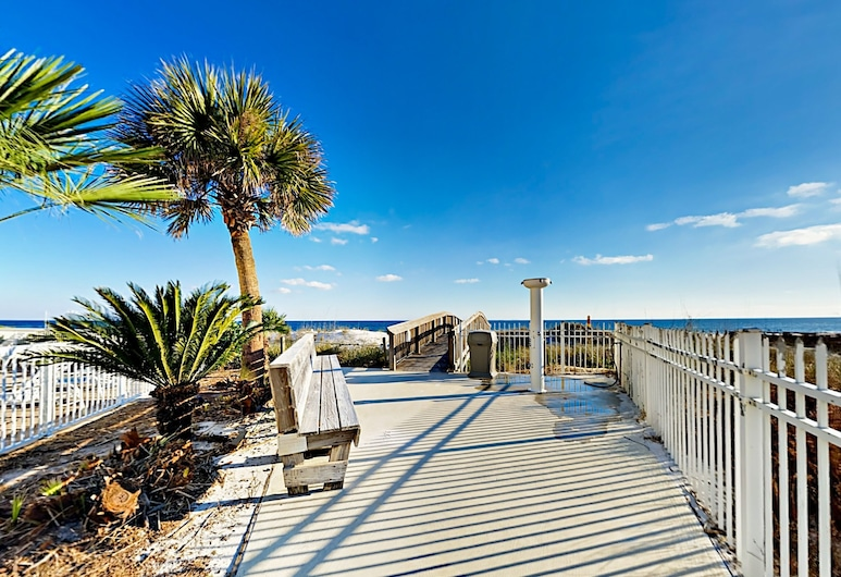 New Listing! Chic Gulf-view Beach W/ Pools 3 Bedroom Condo, Orange Beach, Apartment, 3 Schlafzimmer, Balkon