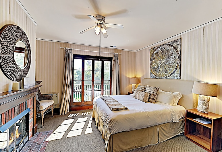 New Listing! The Victoria Suite At De La Vina Inn Studio Bedroom Hotel Room, Santa Barbara