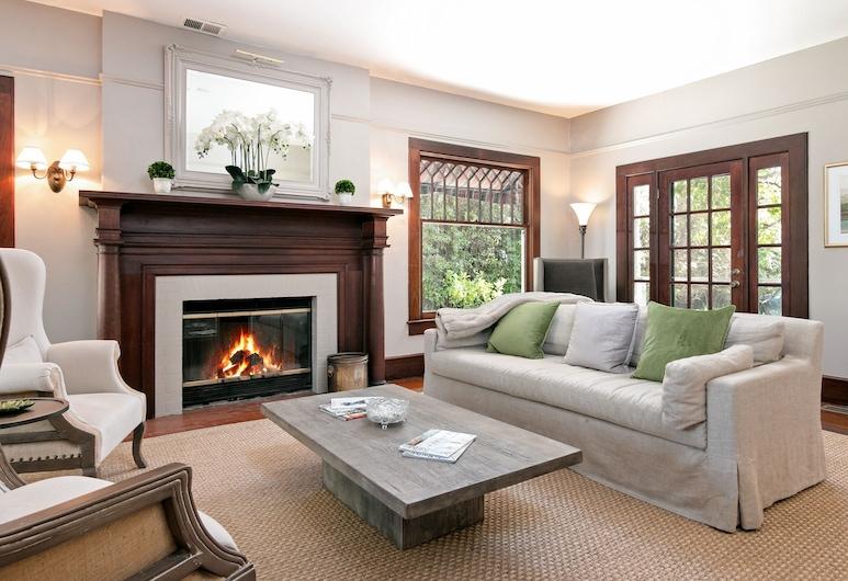New Listing! The Windsor Suite At De La Vina Inn Studio Bedroom Hotel Room, Santa Barbara, Room, Living Room