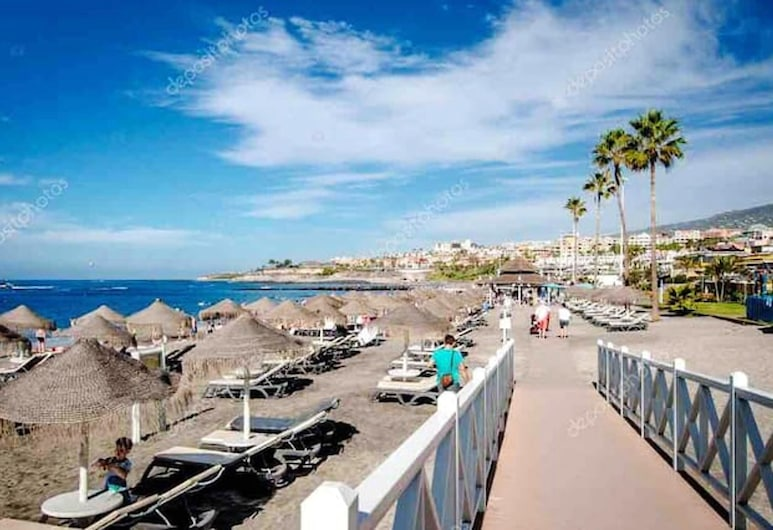 Apartment With one Bedroom in Costa Adeje, With Shared Pool, Furnished Terrace and Wifi, Adeje, Beach