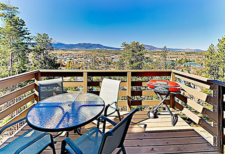 Multi-level Mountain W/ Views & Hot Tub! 3 Bedroom Townhouse, Fraser, Casa de ciudad, 3 habitaciones, Balcón