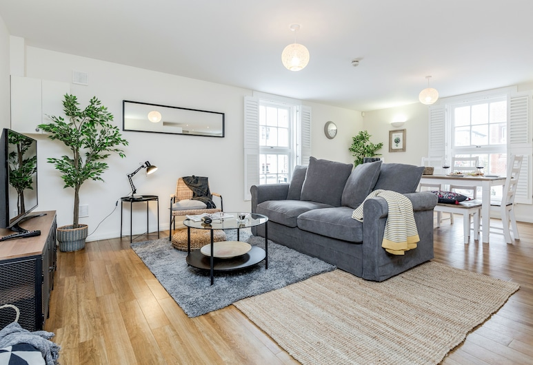 Large Apartment Close to Windsor Castle, Windsor, Apartamento Deluxe, Área de Estar