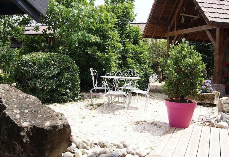 La Noue Aubain, Corbenay, Terrace/Patio