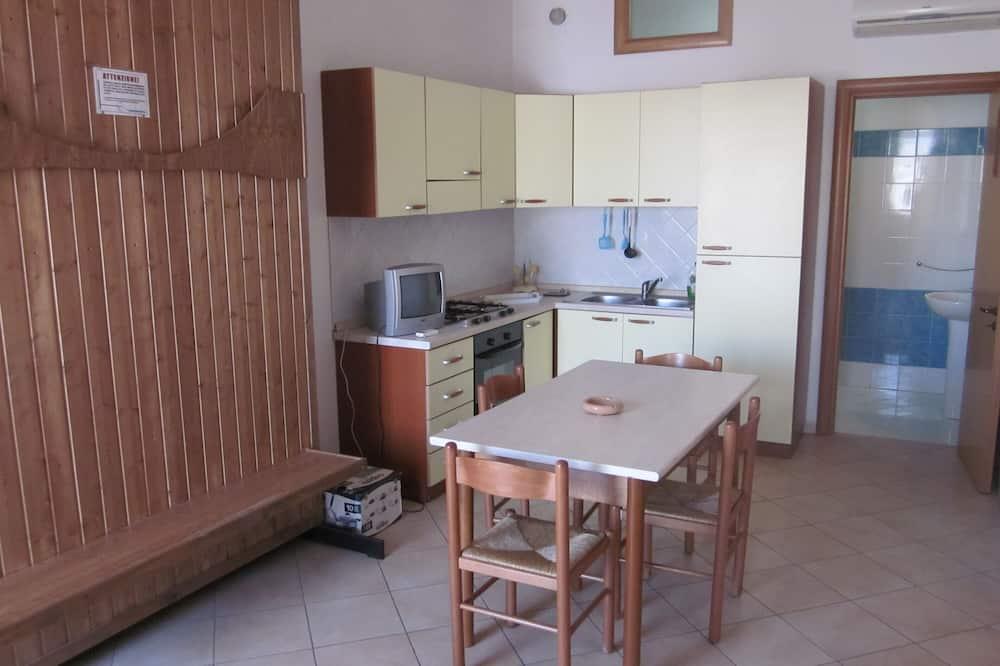 Appartement, 2 slaapkamers (Trilo 6 posti Primo piano) - Eetruimte in kamer