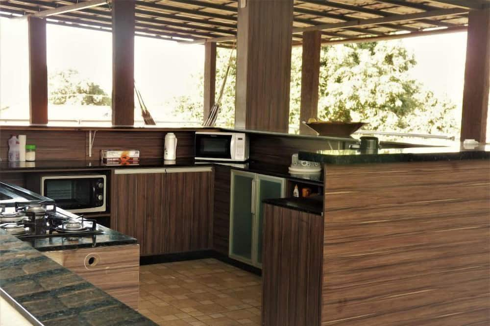 Shared Dormitory, Men only (05) - Shared kitchen