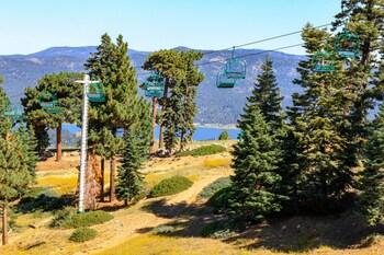 大熊湖小木屋度假屋的圖片
