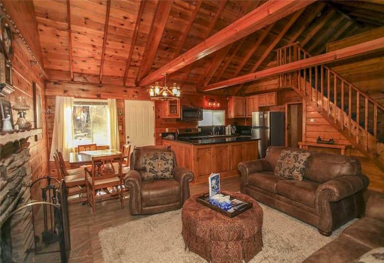 Ohana Lodge, Big Bear Lake, Cabin, 2 Bedrooms, Living Area