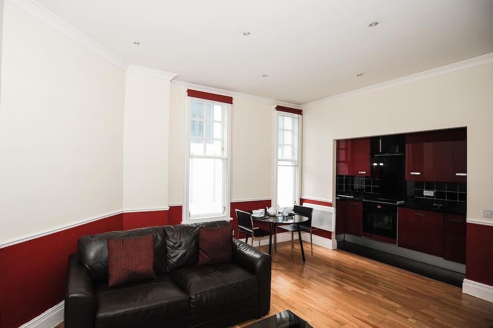 Māja, viena guļamistaba - Dzīvojamā istaba