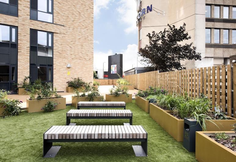 Stylish and Modern 1BR - Great Base for Exploring Birmingham, Birmingham, שטחי הנכס