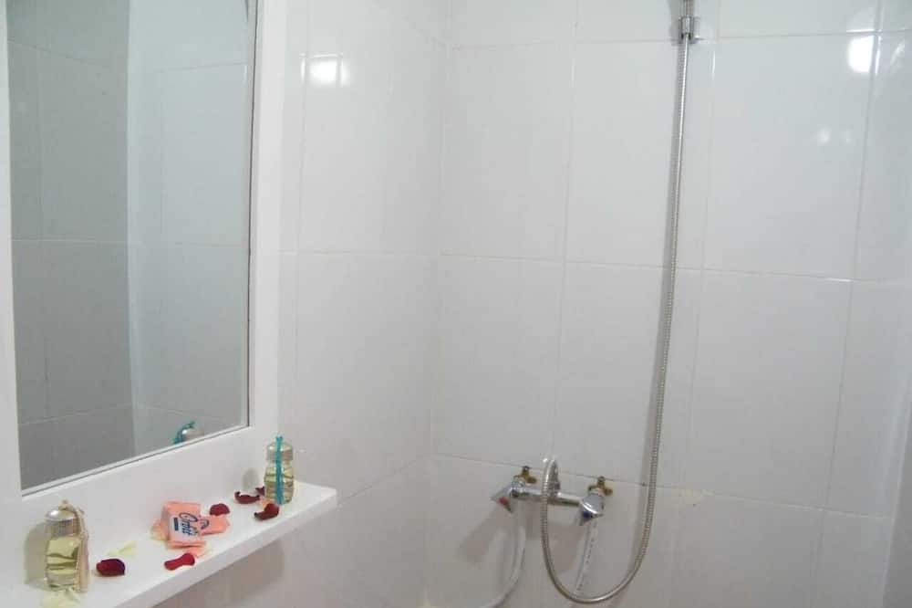 Divvietīgs numurs, privāta vannasistaba - Vannasistaba