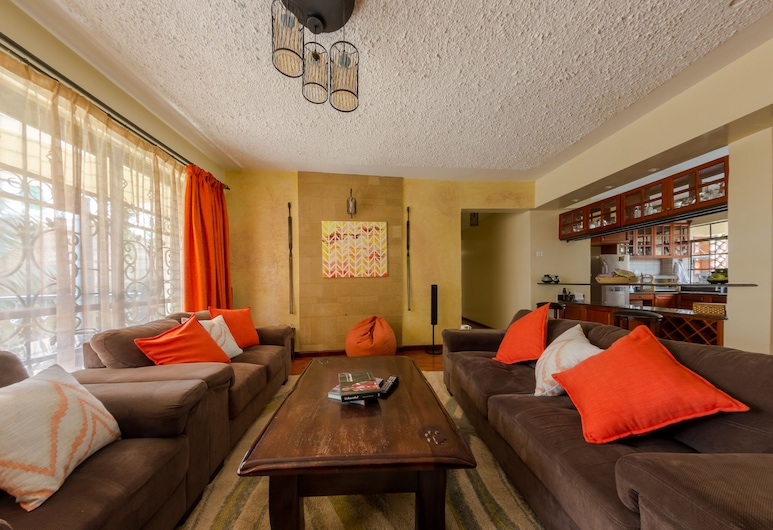 Zanna Guests, Nairobi, Deluxe Double Room, Living Room
