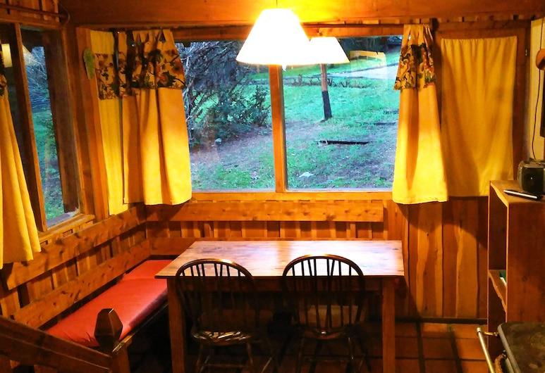 Ruma Andina by DECK, Villa La Angostura, Comfort-Ferienhütte (CABAÑA LOS LAGOS), Wohnzimmer