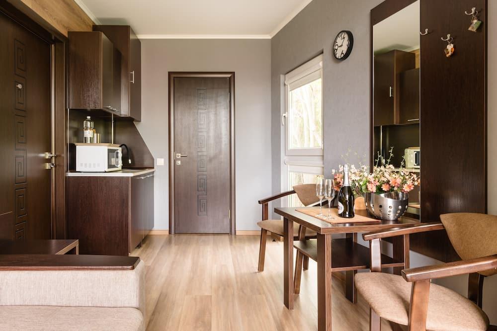 舒適雙人或雙床房 - 客房內用餐